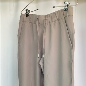 COPY - Lululemon pants!!!! Never worn!!!